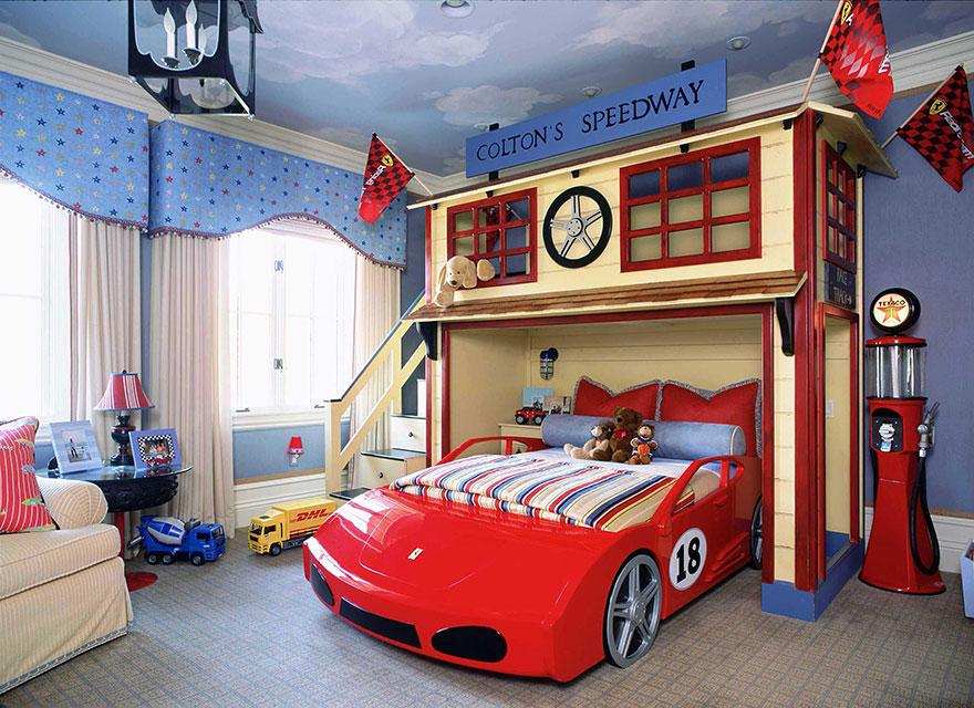 """17. Спалня """"Състезателна писта"""""""